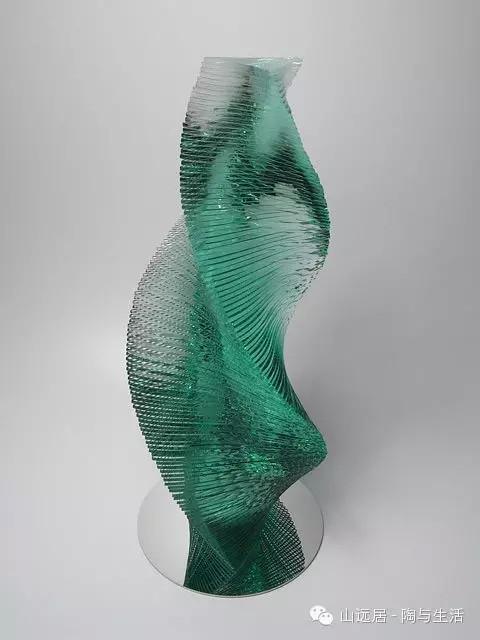 日本艺术家niyokoikuta玻璃雕塑作品欣赏