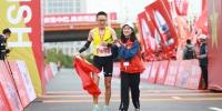 江西农业大学志愿者助力2018南昌国际马拉松大赛 - 江西农业大学